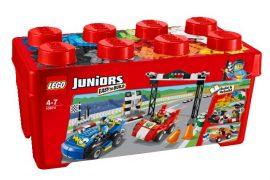 10673 LEGO® Juniors Versenyautó