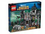 10937 LEGO® Super Heroes Batman™: Szökés Arkham Asylum-ból