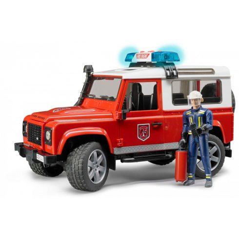 Bruder 02596 Land Rover Defender tűzoltóautó, tűzoltóval