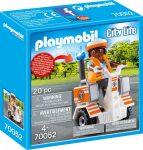 Playmobil City Life 70052 Doktornő elekromos rolleren